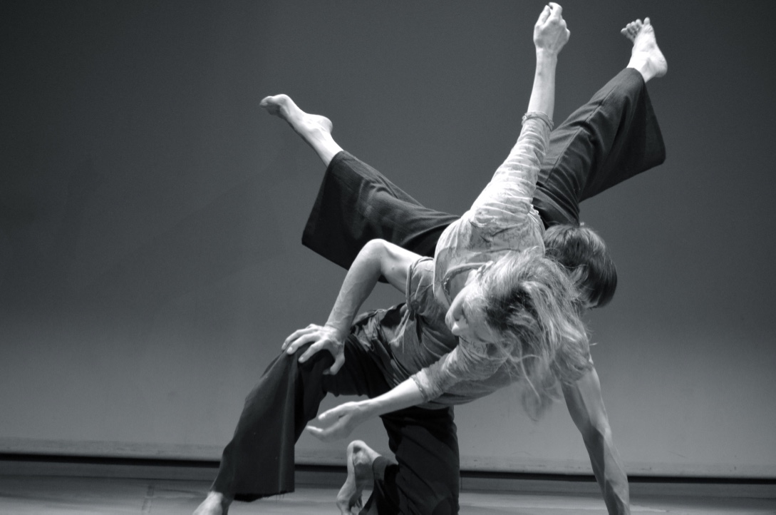 Contact Improvisation – Cie Mû